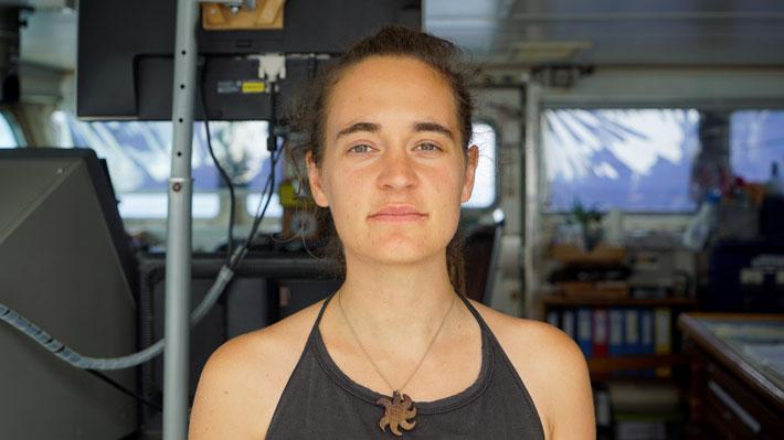 "Carola Rackete, la capitana de un barco de rescate de migrantes que ""desafió"" las políticas de Salvini en Italia"