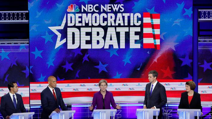 """Comienza """"segundo round"""" de la primera sesión de debates demócratas en EE.UU."""