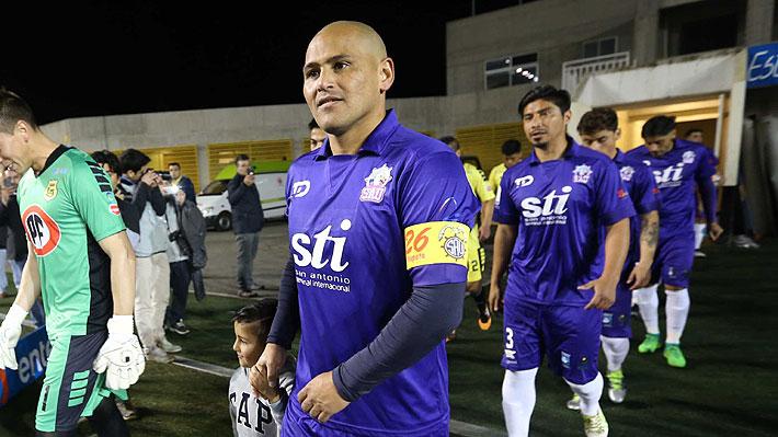 Bombazo: Humberto Suazo deja el retiro y vuelve al fútbol profesional para fichar por San Antonio Unido