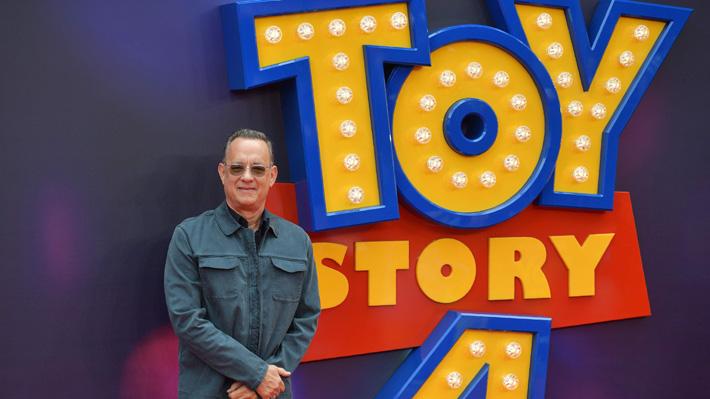 """Tom Hanks revela el momento más complejo que vivió al darle voz a Woody en """"Toy Story 4"""""""