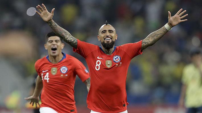 """Todos en Chile patearon a la perfección: Mira la emocionante tanda de penales con que la """"Roja"""" venció a Colombia y avanzó a semis"""