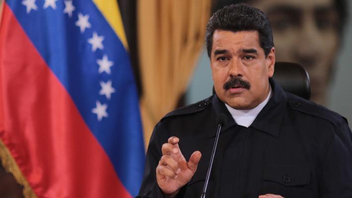 """Gobierno de Venezuela confirma muerte de militar detenido por presunta """"conspiración"""" contra Maduro y pide indagatoria"""