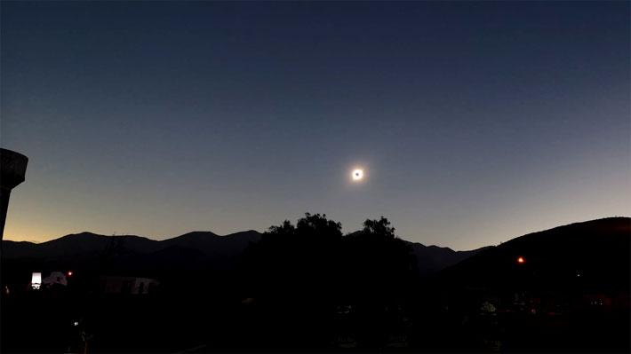 Revive en tiempo real todo el proceso del fenómeno del Eclipse