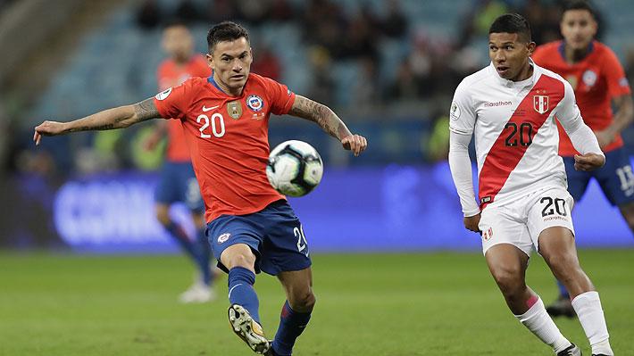 El segundo fue tras un grosero error de Gabriel Arias: Mira los tres goles de Perú ante Chile