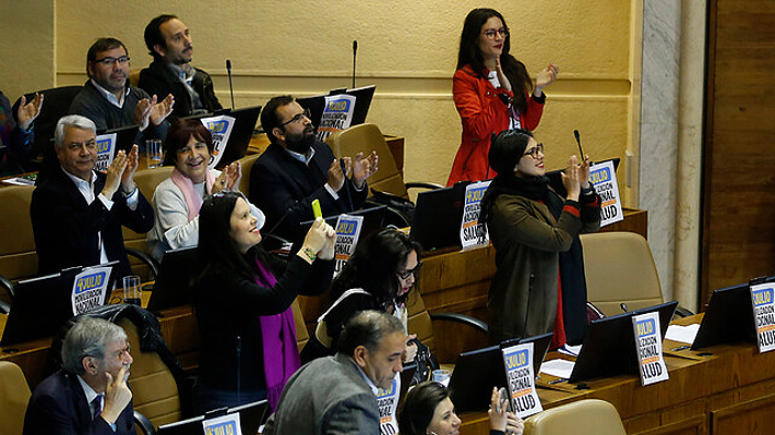 """Cámara aprueba por unanimidad el proyecto """"Sin consentimiento es violación"""" y ahora pasará al Senado"""