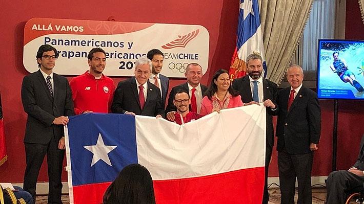 Mira las imágenes de la ceremonia en que Felipe Miranda y Alberto Abarza recibieron la bandera como abanderados de los Panamericanos de Lima