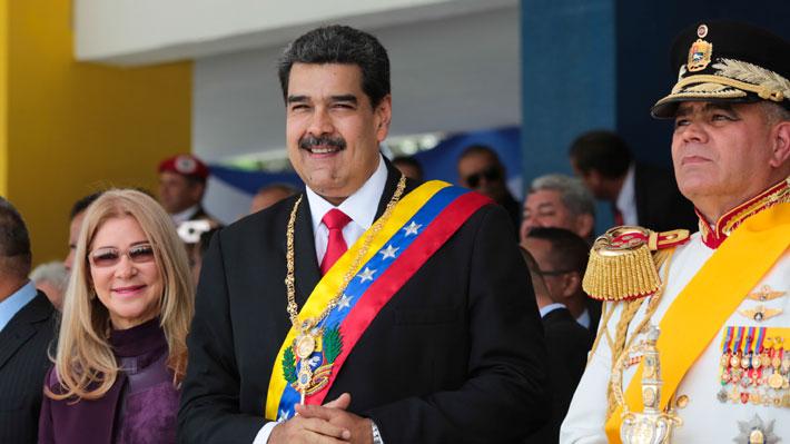 """Maduro llama al diálogo y anuncia marcha en la frontera ante """"llamados a intervención y guerra"""""""