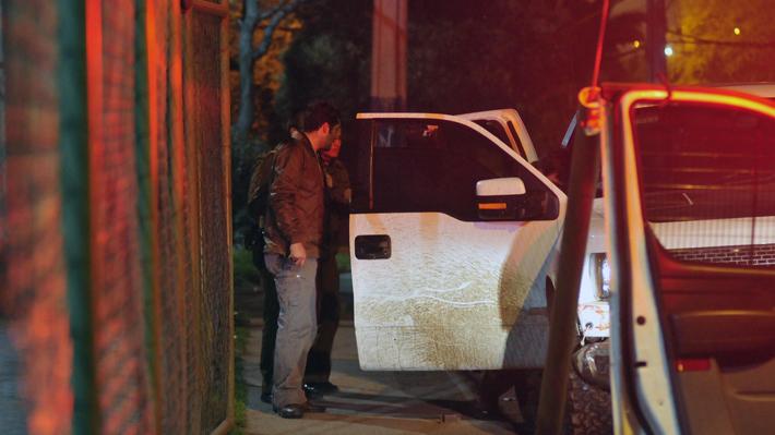 Ataque afuera de discoteque en Puente Alto termina con un carabinero y un delincuente heridos