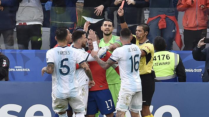 La expulsión que sufrió Lionel Messi ante Chile es tan solo la segunda en su carrera
