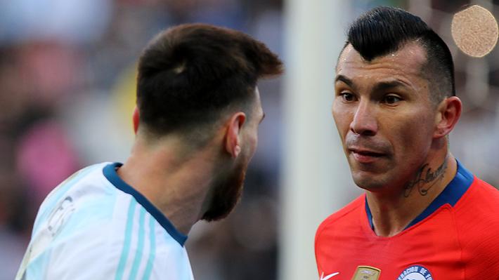 La condenable reacción que tuvo Gary Medel tras ser insultado por hinchas argentinos