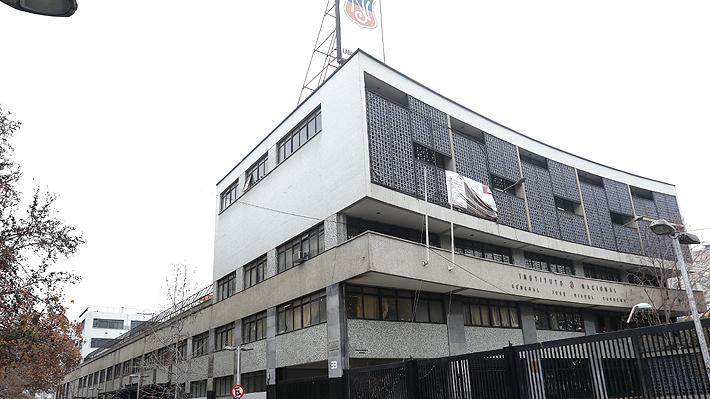 Instituto Nacional vuelve a clases este lunes en medio de tensión entre alcalde y estudiantes