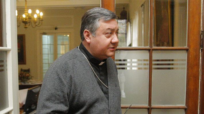 Obispo auxiliar de Santiago confirma investigación eclesiástica en contra de Hugo Montes
