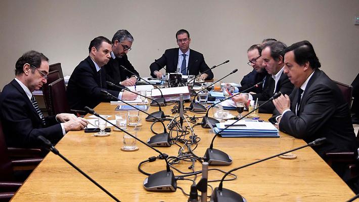 Senadores de oposición ponen en jaque nombramiento de Repetto a la Suprema por reparos en proceso