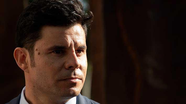 Tribunal español reconoce a Javier Sánchez Santos como hijo biológico de Julio Iglesias