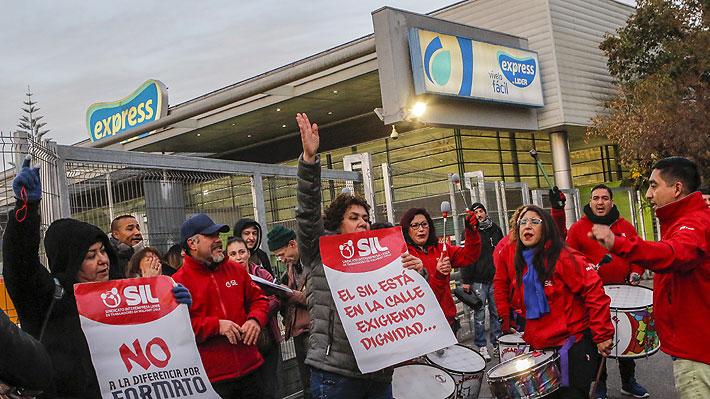"""Sindicato de Walmart envía carta al Gobierno acusando """"reemplazo ilegal en huelga"""" por parte de la empresa"""