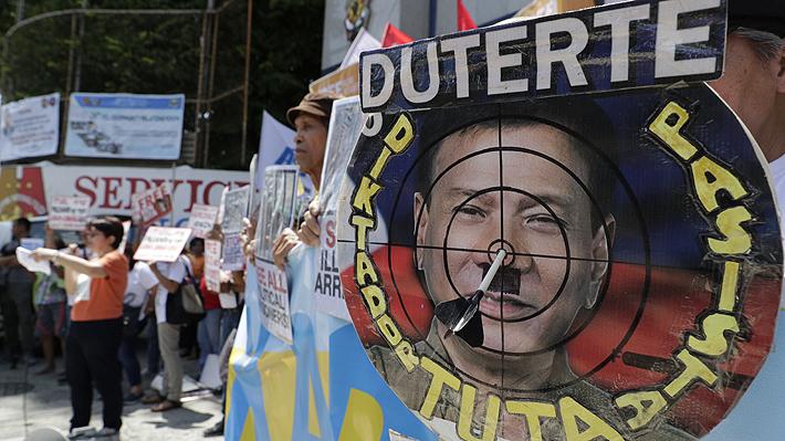 """Cancillería defiende abstención en resolución contra Filipinas: """"Chile siempre ha estado contra violaciones a DD.HH."""""""