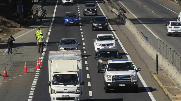 Activan plan de contingencia por salida de 470 mil vehículos desde Santiago durante fin de semana