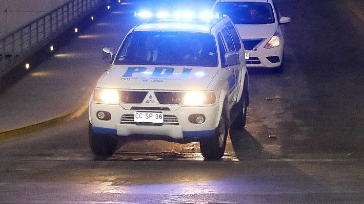 Un muerto y dos heridos de gravedad deja balacera de al menos 30 disparos en Lo Espejo