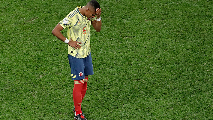 """Colombiano que erró penal ante Chile relató su drama: """"No podía salir al parque con mis hijos"""""""