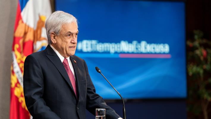 """Piñera culpa a Essal por emergencia en Osorno y dice que harán """"lo humanamente posible"""" para que el agua vuelva el martes"""