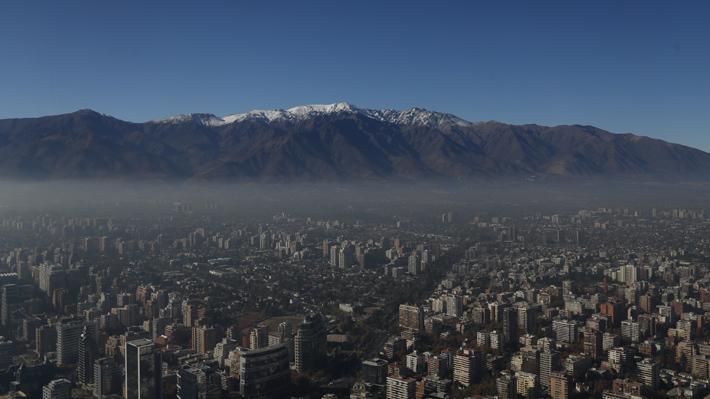 Intendencia decreta alerta ambiental para este martes en la Región Metropolitana
