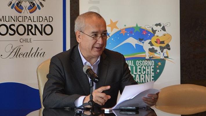 Alcalde de Osorno valora decisión de Piñera de cancelar viaje y realiza dura crítica a Essal por nuevo corte