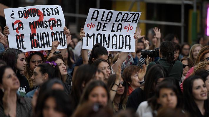 """Denuncias de violaciones grupales a mujeres en España se multiplican tras caso """"La Manada"""""""