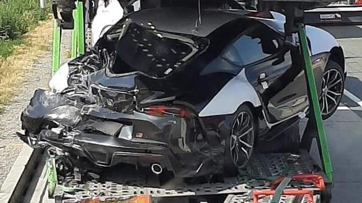 ¡Mala suerte! Destrozan los primeros Toyota Supra 2020 que iban al mercado europeo