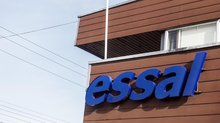 """Osorno: Essal reitera disculpas y recalca que el agua """"cumple con todos los estándares de calidad y seguridad"""" para consumo"""
