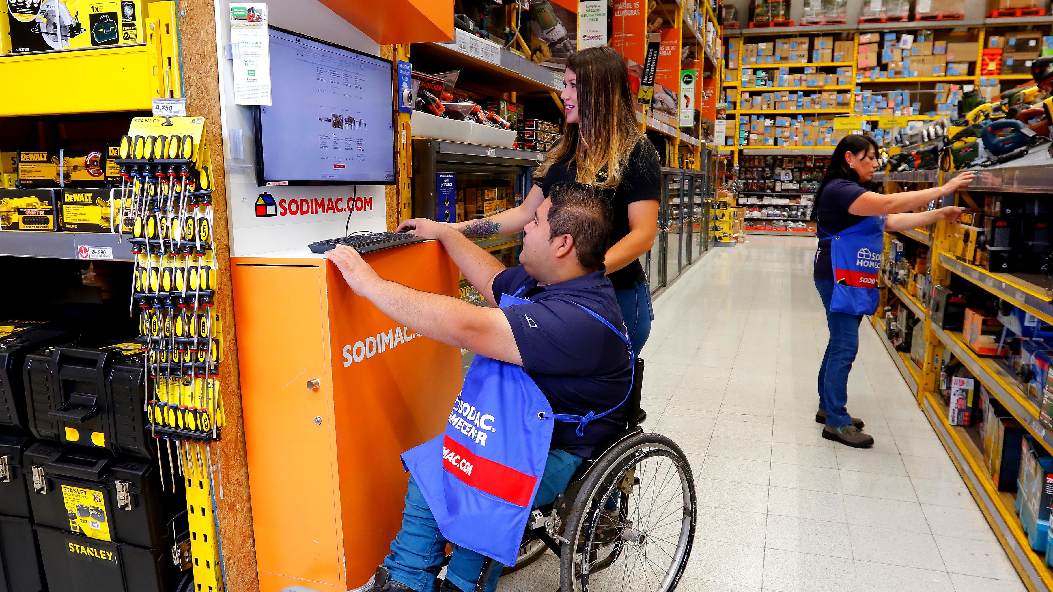 Ley de inclusión: Estudio revela que sólo un 35% de los trabajadores tiene un compañero con discapacidad