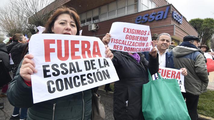 Presión transversal: Mundo político pide al Gobierno terminar con concesión de Essal en Osorno