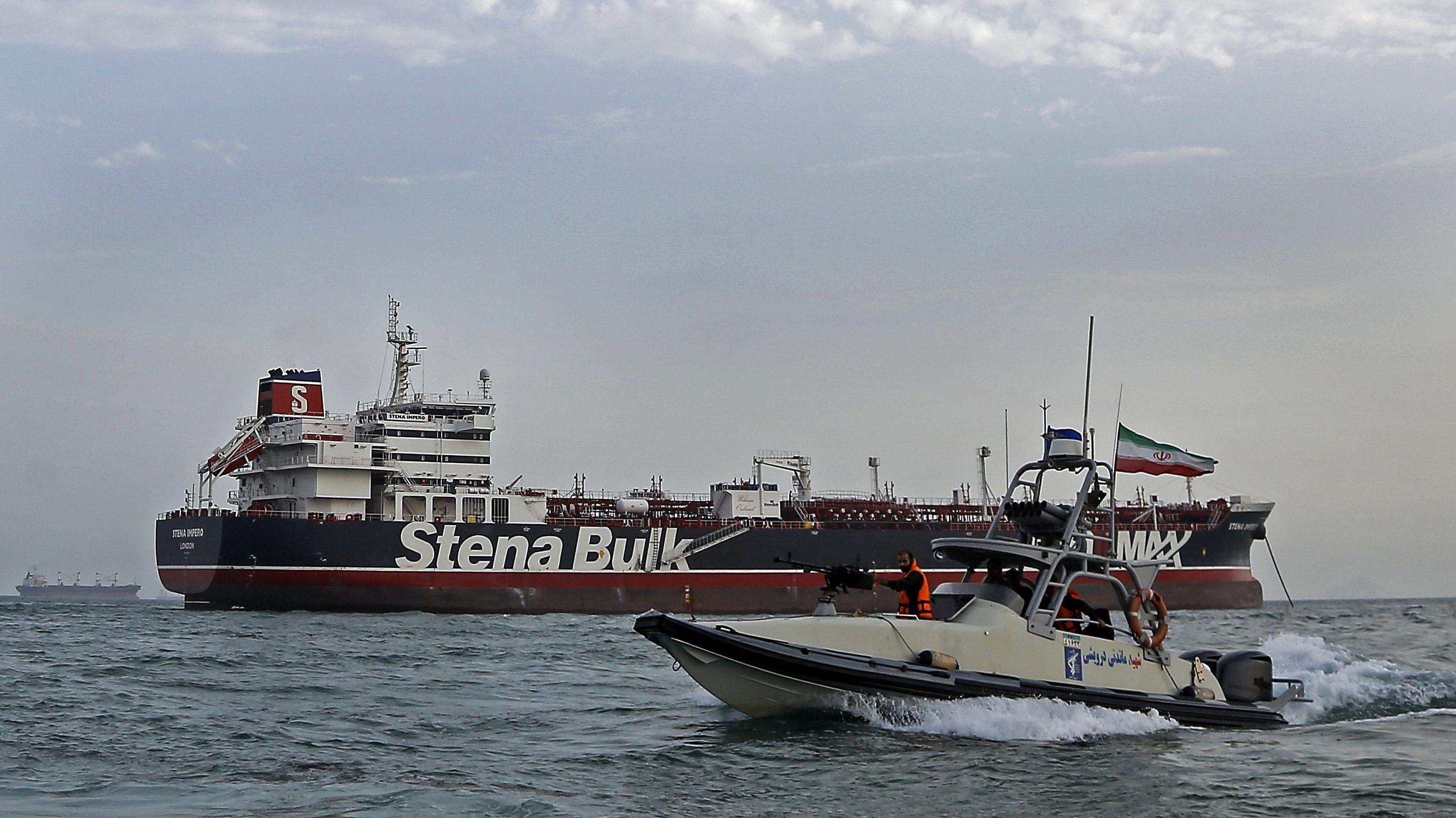 Conflicto entre Irán y el Reino Unido en el estrecho de Ormuz: ¿En qué podría afectar a Chile?