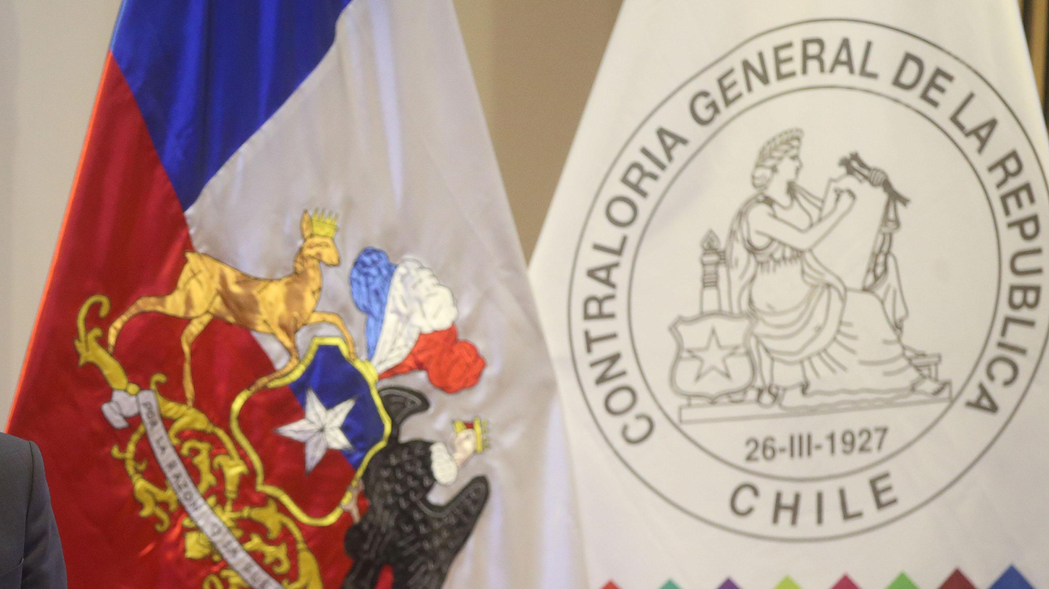 Contraloría oficia a 36 instituciones públicas para pedir desbloquear a usuarios en sus redes sociales