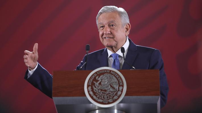 """López Obrador se va en contra de las """"narcoseries"""" y las acusa de idealizar un estilo de vida """"ficticio"""""""