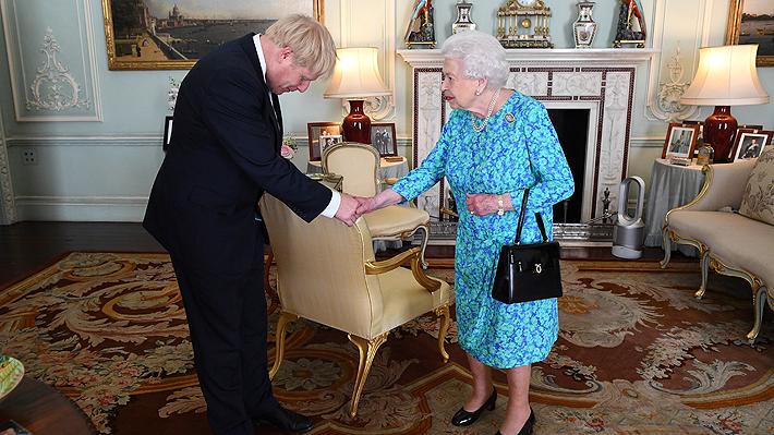 Boris Johnson se convierte oficialmente en Primer Ministro de Reino Unido tras visitar a la Reina