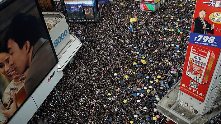 ¿Tanques chinos en la frontera?: Las noticias falsas se tomaron las protestas de Hong Kong