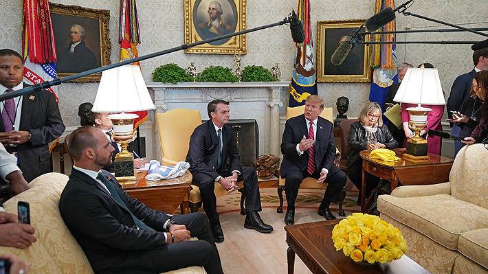 Trump apoya que hijo de Bolsonaro sea el nuevo embajador de Brasil en EE.UU.