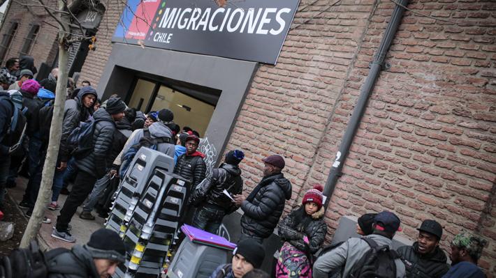 INE: Un 16,9% de los habitantes de Tarapacá son inmigrantes y población extranjera se concentra en la RM