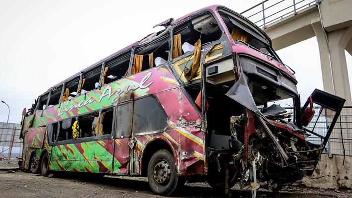 Transportes inicia acciones para cancelar permiso de Línea Azul y detienen a jefe de taller donde se cambió patente de bus
