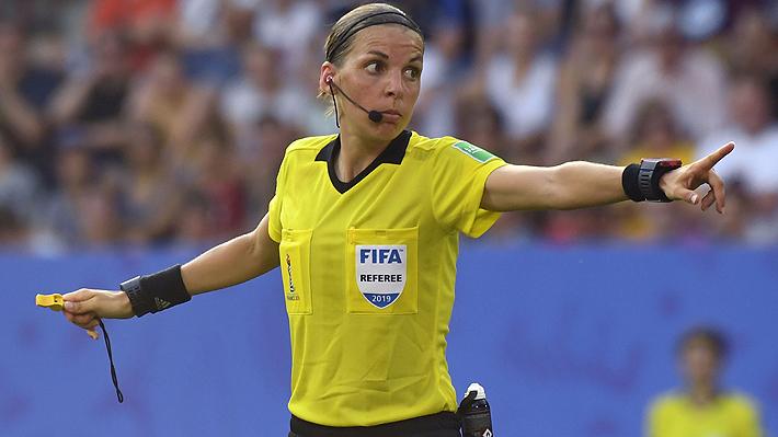 Histórico: Por primera vez una mujer arbitrará una final masculina del fútbol europeo