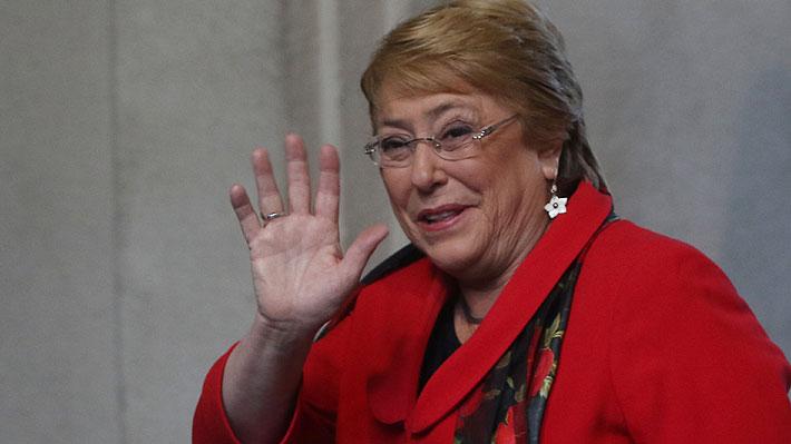 """Desde """"Dancing Queen"""" hasta """"La Jardinera"""": las canciones que incluye la playlist de Michelle Bachelet en Spotify"""
