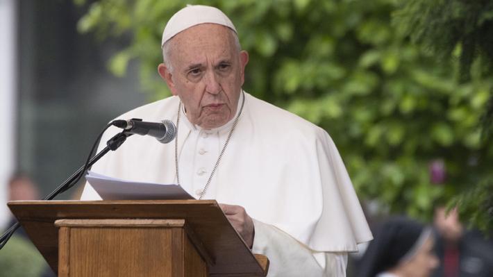 """Papa reitera llamado a cuidar el medio ambiente: """"Si seguimos explotándolo nos dará una lección terrible"""""""