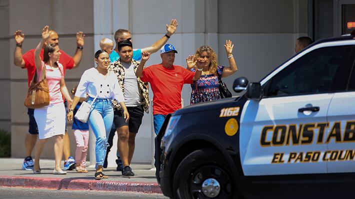 Video: Los minutos de terror que se vivieron al interior de centro comercial de Texas en medio de tiroteo