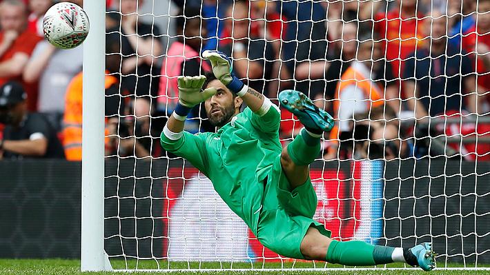 Mira el penal que tapó Claudio Bravo ante el Liverpool y que le dio al City el título de la Community Shield