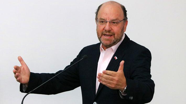 Moreno apunta a responsabilidad del gobierno de Bachelet en error que impide operatividad de aeródromo de Peldehue