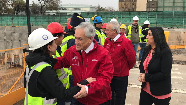 Piñera anuncia que nuevo hospital para la zona norte de Santiago se construirá en Colina