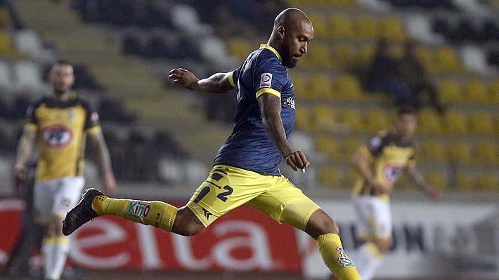Grave acusación de racismo de jugador de la U. de Concepción contra el árbitro Francisco Gilabert
