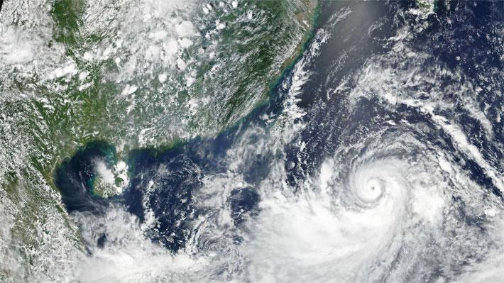 Al menos 28 víctimas fatales deja el fuerte tifón Lekima que pasa por China