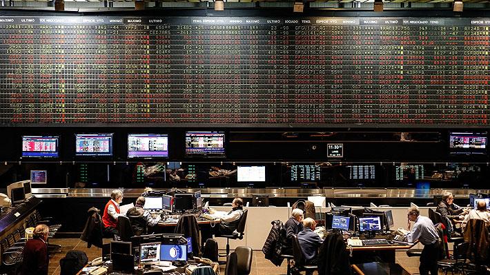 Lunes negro en mercados argentinos: Bolsa no detiene derrumbe y cae más de 30% a media sesión