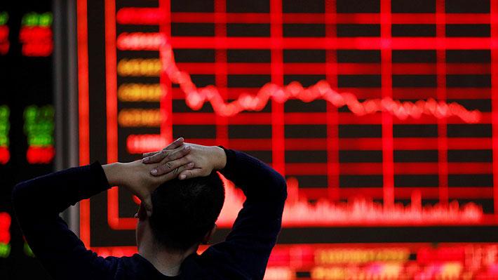 Bolsa de Buenos Aires registra una de las peores caídas de su historia y arrastra a acciones de empresas chilenas